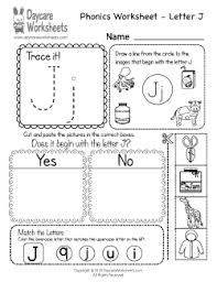 The worksheet follows the common core standards for phonics and word recognition for kindergarten and phonological. Preschool Phonics Worksheets Learning Beginning Sounds From A To Z