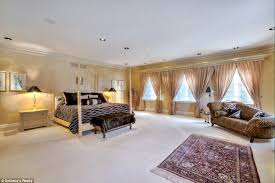 mansion bedrooms for girls. Master Bedroom: The Muted Decor In This Room, Which Was Featured Movie Mansion Bedrooms For Girls