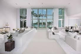 home white. White Home Decor W