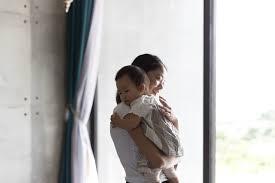 「母親 育児」の画像検索結果