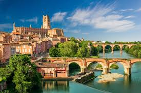 15 best day trips from toulouse the