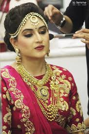 charismatic royal looks of ishana patel grabbed everyone s sight on her wedding day hairstylist satish muas al