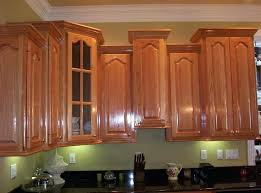 kitchen cabinets with crown molding install