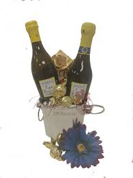two for you prosecco gift basket cupcake gift basket mini sparkling wine gift basket