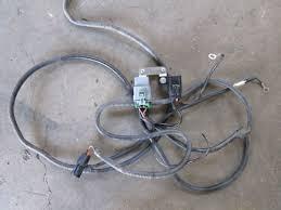 ve hsv e e spot light wiring harness salvage auto s ve hsv e2 e3 spot light wiring harness