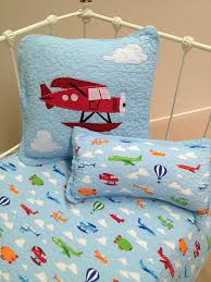 3 pce linens n things planes baby nursery cot quilt 2 matching cushions