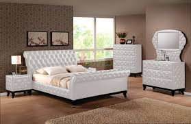 Charming Upholstered Sleigh Platform Bedroom Sets With Sleigh Queen Bed And King Bed  | Xiorex ...