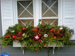 Window Box Christmas Decorations 100 Easy Holiday Window Box Ideas Christmas window boxes 2