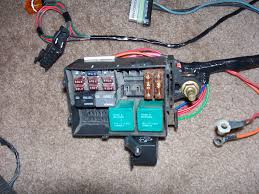 relay terminals for new fuse block hot rod forum hotrodders thats what the fuse box that i have now looks like it s actually a good size its just that since it s integrated into the harness i can t move it around