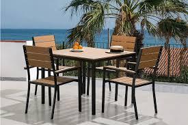 Ensemble de jardin - Table et chaises - Acheter chez Brico+Loisirs
