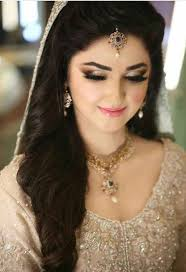 stani enement makeup with off white bridal dress