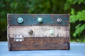 rustic pallet furniture. Diy Pallet Jewelry DIY Rustic Organizer | Furniture 33085. ««