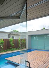 the vetrostax system provides weather resistant glass