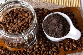 diy coffee scrubs to lighten your skin