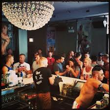 Hunters gay bar chicago
