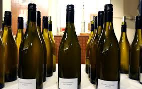 способов как отличить хорошее вино от плохого Новости metro Эксперты metro объяснили на что следует обратить внимание в первую очередь