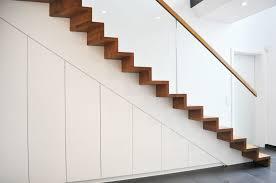 Sie haben den schrank exakt eingebracht, sehr ordentlich gearbeitet und unsere vorstellungen bestens umgesetzt. Unterbautreppen Treppenschranke Treppenbau Leisen Treppen Seit 1992