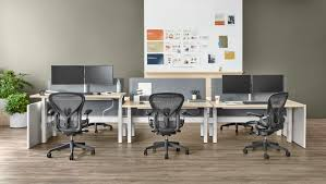 trends in furniture design. Dynamic Layouts Are Being Seen More And More. The Use Of Modular Furniture Make It Much Easier For Companies To Move Around Expand. Trends In Design