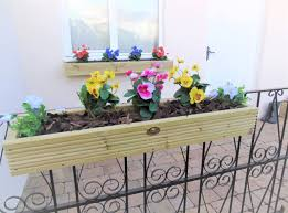hanging wall mounted planters milton