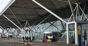 at stansted airport as thousands caught up in delays at arrivals and bage claim mirror