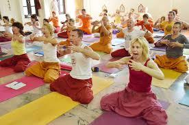 yoga teacher yoga retreat at piyf rishikesh india