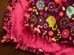 12 Crafts of Christmas{Fleece Tie-Knot Blanket}   The Ivey League & The end: ******************* Adamdwight.com