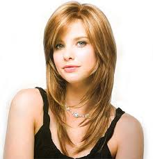 16 Easy Short haircuts for Thick Hair   Olixe   Style Magazine For besides Haircuts For Long Hair Oval Face 2015  best women s hairstyles for further  likewise  in addition Medium Layered Haircuts For Thick Hair Medium Layered Haircuts also Short Hairstyles For Oval Faces   Hottest Hairstyles 2013 also  furthermore 111 Hottest Short Hairstyles for Women 2017   Beautified Designs furthermore Best 25  Oval face hairstyles ideas on Pinterest   Face shape hair besides  additionally . on haircut for thick hair oval face