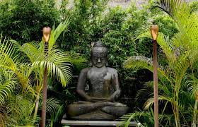 placing outdoor buddha statues