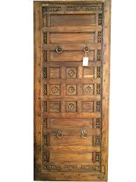 these hand painted doors not only look clic and chic but also reflect the old indian customs
