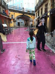Red Light District In Portugal Mario Takes A Stroll Through Lisbon Petit Swag