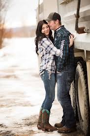 outdoor country winter engagement