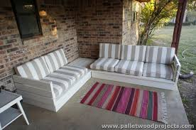 ... Pallet Couches ...