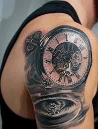 красивая тату на плече парня карманные часы фото рисунки эскизы