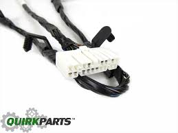 08 10 chrysler 300 dodge charger wiring harness for rear view 2010 dodge charger radio wiring diagram at Dodge Charger Wiring Harness