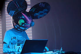 i ve only ever made one dubstep track and i will admit i only did it because it was cool at the time