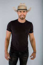 Harrah S Rio Vista Outdoor Amphitheater Seating Chart Platinum Selling Country Music Star Dustin Lynch To Perform
