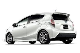 My perfect Toyota Prius C. 3DTuning - probably the best car ...