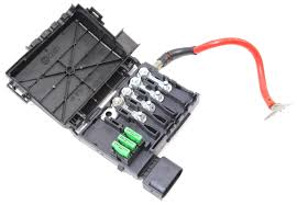 battery distribution fuse box vw jetta golf gti beetle mk4 1c0 battery distribution fuse box vw jetta golf gti beetle mk4 1c0 937 549 b