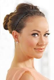 Rychlý účes Pro Střední Vlasy Po Dobu Pěti Minut