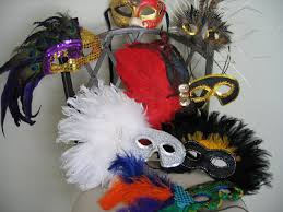 Decorating A Mask Mardi Gras Mask Inspiration Create Your Own Oh My Creative 56