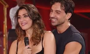 Elisa Isoardi e Raimondo Todaro | La passione a Ballando con le Stelle