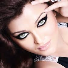aishwarya s latest print ad l oreal paris kajal magique eye