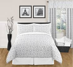 modern white bedding. Fine Modern Gray And White Diamond Modern Contemporary FullQueen 3pc Bedding Set   Click To Enlarge For E
