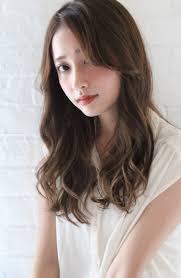 春っぽ髪型でふんわりガール2019年のイマドキを大公開 Arine