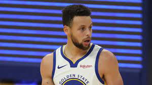 Steph throws up wild flip shot pregame. Steph Curry Golden State Warriors Confident Of Signing Star Guard To Supermax Extension Nba News Sky Sports