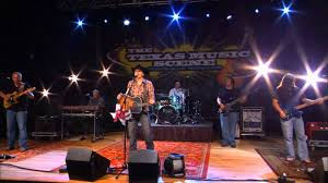 roger creager performs crazy again live on the texas scene