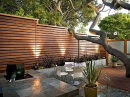 a horizontal fence horizontal fencing