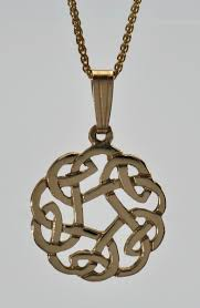 gold celtic love knot 10kt pendant necklace
