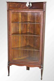 Chippendale China Cabinet The 25 Best Ideas About Corner China Cabinets On Pinterest