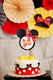 9 Mickey And Minnie Mouse Cakes On A Stick Photo Red Minnie Mouse